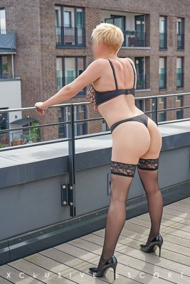 Lea_Escort_Hamburg (7).jpg